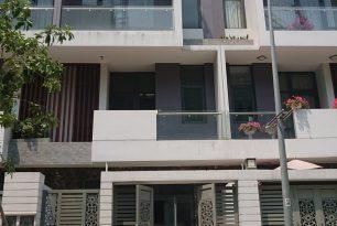 Cho thuê nhà Quận 11, mặt tiền đường Lạc Long Quân